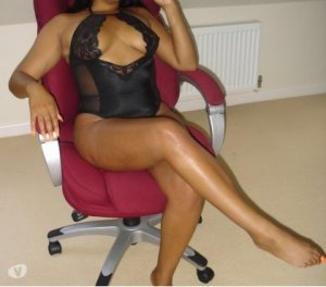 Ouahiba nude escorts in Renfrew, UK